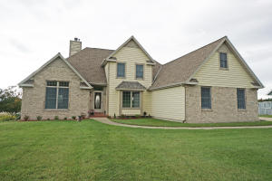Property for sale at N717 Hickory Hills Dr, Oconomowoc,  WI 53066