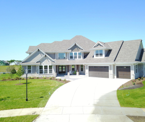 Property for sale at 108 Sycamore Ct, Hartland,  WI 53029