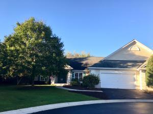 Property for sale at W233N3033 Oakmont Ct W Unit: A, Pewaukee,  WI 53072