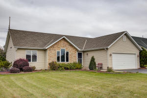 Property for sale at 198 Granary Cir, Hartland,  WI 53029