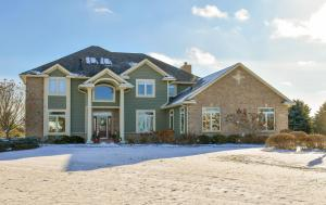 Property for sale at N63W29061 Tail Band Ct, Hartland,  WI 53029