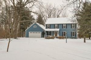 Property for sale at 38 Oakwood Dr, Delafield,  WI 53018