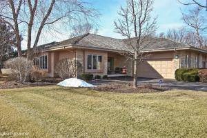 Property for sale at 1208 E. Sweetbriar Ln, Hartland,  WI 53029