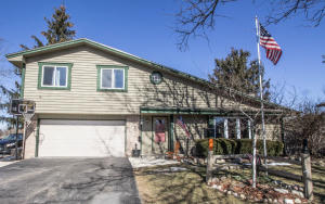 Property for sale at 36742 Prairie Dr, Summit,  WI 53066