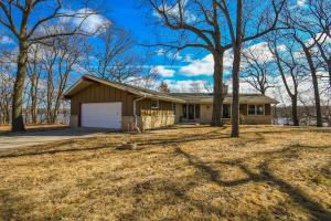 Property for sale at 2132 N Peninsula Rd, Summit,  WI 53066
