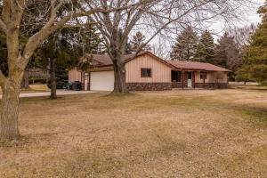 Property for sale at W352N5701 Nelson Rd, Oconomowoc,  WI 53066