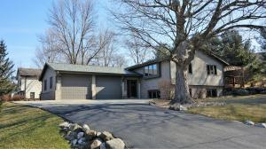 Property for sale at W2368 Julianne St, Oconomowoc,  WI 53066