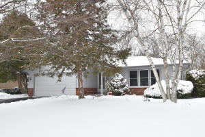 Property for sale at 789 Tenny Ave, Hartland,  WI 53029