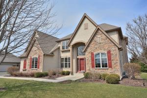 Property for sale at 1834 Springhouse Dr, Oconomowoc,  WI 53066