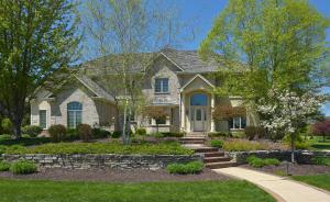 Property for sale at 603 N Thornbush Cir, Hartland,  WI 53029