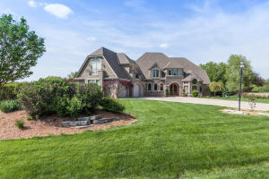 Property for sale at N18W29556 Crooked Creek Rd, Pewaukee,  WI 53072