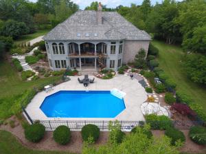 Property for sale at W353S3033 Tallgrass Ct, Oconomowoc,  WI 53066
