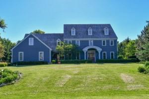 Property for sale at 204 E Laurel Cir, Delafield,  WI 53018