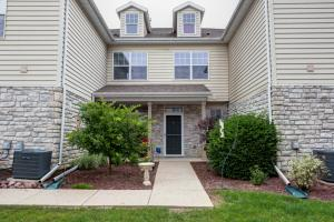 Property for sale at N16W26443 Meadowgrass Cir Unit: G, Pewaukee,  WI 53072