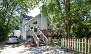 Property for sale at W377S5111 W Pretty Lake Rd, Dousman,  WI 53118