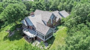 Property for sale at N29W30388 Hawksnest Ct, Pewaukee,  WI 53072