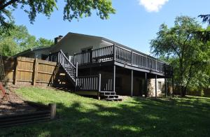 Property for sale at 1431 Grandview Ave, Oconomowoc,  WI 53066