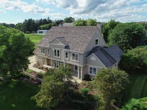 Property for sale at 1600 E Bristlecone Dr, Hartland,  WI 53029