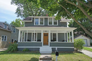Property for sale at 81 S Chestnut St, Oconomowoc,  WI 53066