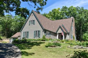 Property for sale at S46W35817 Meadows Dr, Dousman,  WI 53118