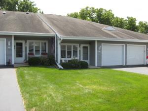 Property for sale at 127 Oconomowoc Sq, Oconomowoc,  WI 53066