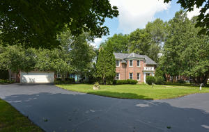 Property for sale at 1419 N Summit Ave, Summit,  WI 53066