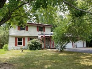Property for sale at W337N6783 Stonefield Way, Oconomowoc,  WI 53066
