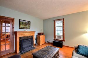 Property for sale at 328 Oakton Ave, Pewaukee,  WI 53072