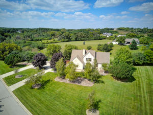 Property for sale at N46W28576 Willow Brook Ct, Hartland,  WI 53029