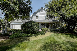 Property for sale at 1013 Wellington Way, Hartland,  WI 53029
