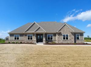 Property for sale at 1671 Whistling Hill Cir, Hartland,  WI 53029