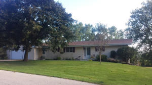 Property for sale at N8388 Swansea Dr, Ixonia,  WI 53036