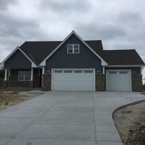 Property for sale at N7986 Woodland Ct, Ixonia,  WI 53036