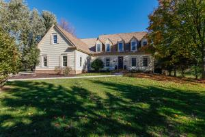 Property for sale at 1214 Aspen Ct, Delafield,  WI 53018