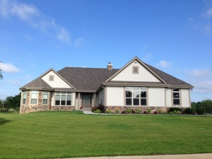 Property for sale at 1111 Colonial Dr, Hartland,  WI 53029