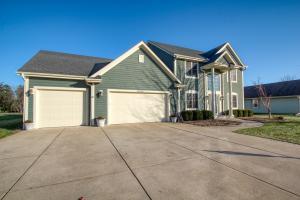 Property for sale at W347N5810 Foxglove Ct, Oconomowoc,  WI 53066