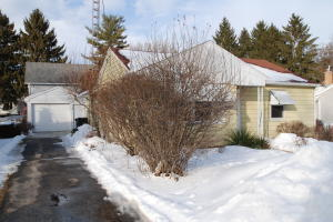 Property for sale at 716 Highland Ave, Oconomowoc,  WI 53066