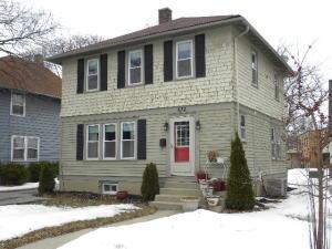 Property for sale at 832 W Wisconsin Ave, Oconomowoc,  WI 53066