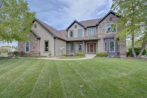 Property for sale at W347N5846 Foxglove Ct, Oconomowoc,  WI 53066