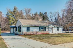 Property for sale at 248 E Ottawa Ave, Dousman,  WI 53118