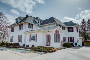 Property for sale at W330N4339 Lakeland Dr, Nashotah  53058