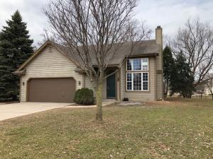 Property for sale at N27W26457 Christian Ct W Unit: B, Pewaukee,  WI 53072