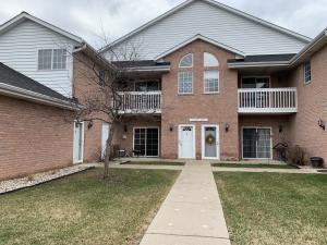 Property for sale at W241N2573 E Parkway Meadow Cir Unit: 1, Pewaukee,  WI 53072