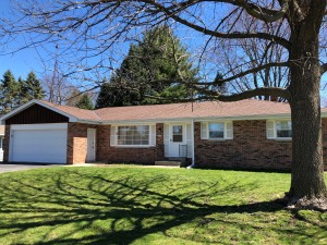 Property for sale at 1223 Blue Dahlia Rd, Oconomowoc,  WI 53066