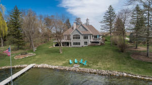 Property for sale at 509 N Golden Cedar Ln, Summit,  WI 53066