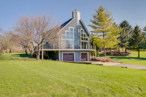 Property for sale at 2640 Meadow Ln, Hartland,  WI 53029