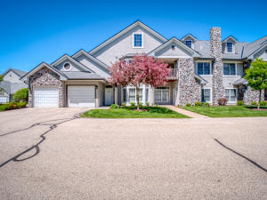 Property for sale at N30W23013 Pineview Cir Unit: 6, Pewaukee,  WI 53072