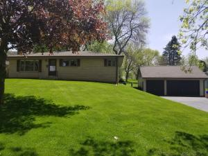 Property for sale at 614 W Wisconsin Ave, Pewaukee,  Wisconsin 53072