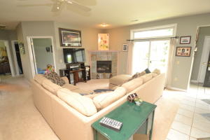 Property for sale at W241N2511 E Parkway Meadow Cir Unit: 2, Pewaukee,  WI 53072