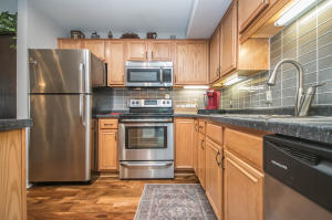 Property for sale at N16W26589 Tall Reeds Ln Unit: G, Pewaukee,  WI 53072